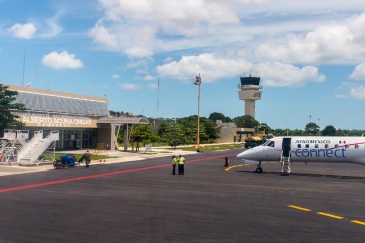 ¿Cómo llegar a Campeche? Puedes hacerlo en avión aterrizando en el Aeropuerto Internacional de Campeche Foto Archivo