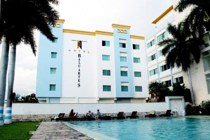 ¿Dónde hospedarse en Campeche? El Hotel Baluartes es una gran opción Foto Mi Escape