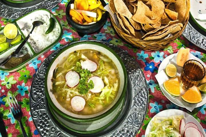 ¿No sabes dónde comer en Zacatecas? En este lugar la variedad del menú te dejará dudoso de qué comer Foto: Los Dorados de Villa
