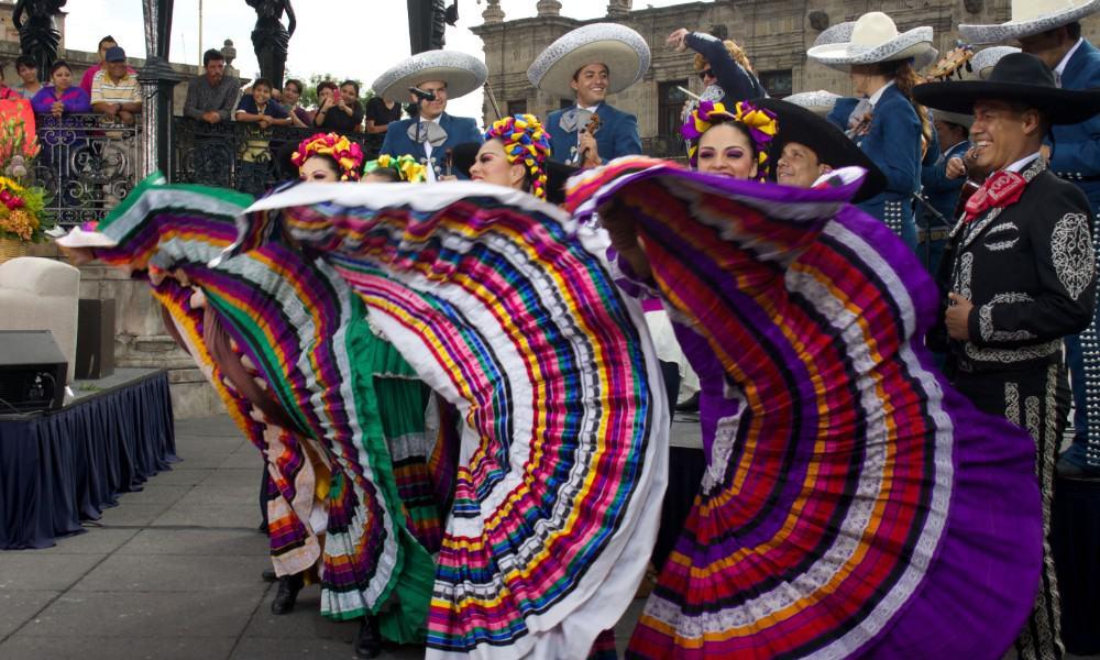 Bailarinas de Guadalajara Foto Archivo