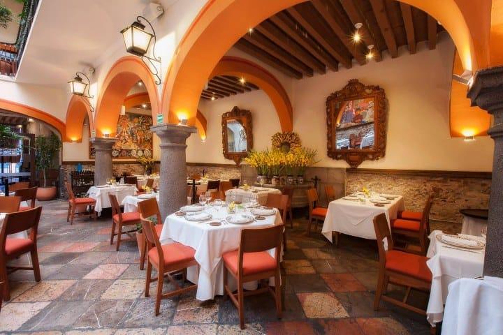 Disfruta de este lugar y no busques más de dónde comer en Puebla Foto El Mural de los Poblanos
