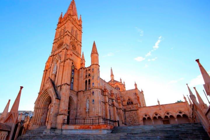 En este templo te maravillas desde la arquitectura Foto Ciudades Patrimonio