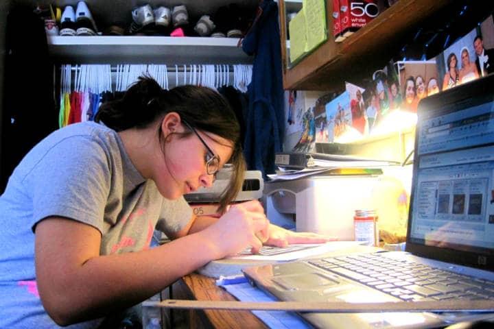 Estudio aprovechar el tiempo en casa Foto: English106