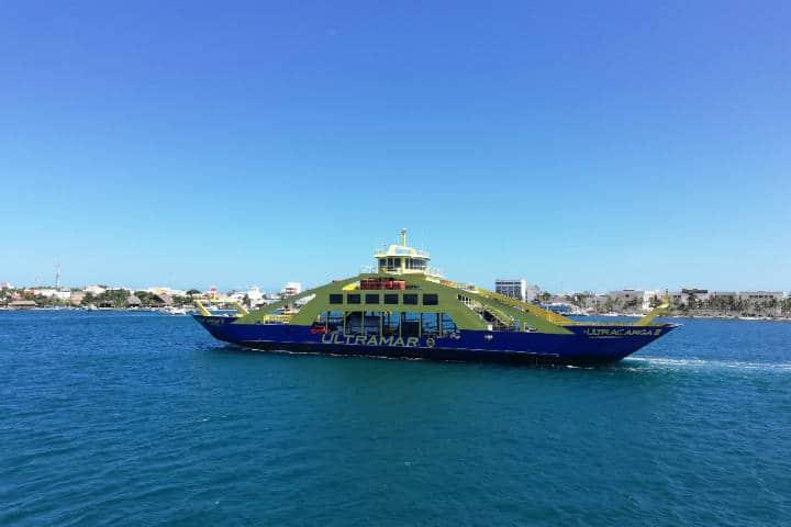 Ferry a Cozumel e Isla Mujeres - foto Luis Juárez J