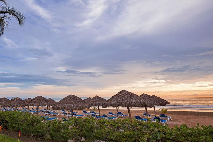 Hoteles de lujo Riviera Nayarit. Foto Hard rock.