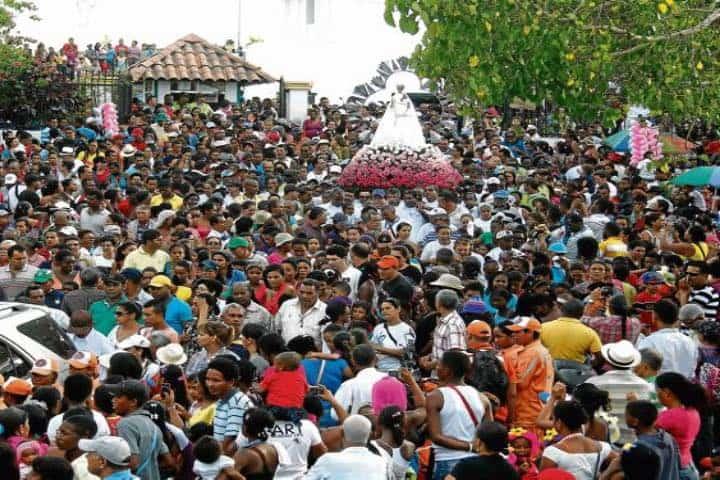 La celebración de la Candelaria reúne a muchos fieles en Campeche Foto Archivo
