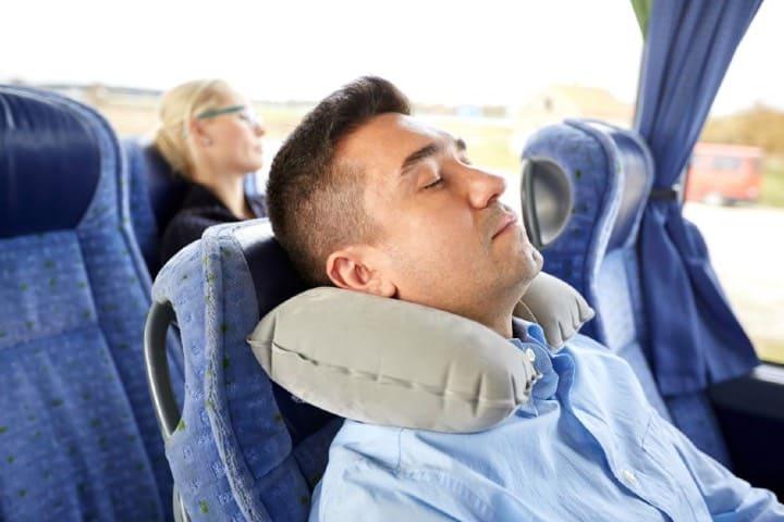 Las almohadas de viaje tecnológicas son la innovación en el descanso de los viajeros Foto Archivo