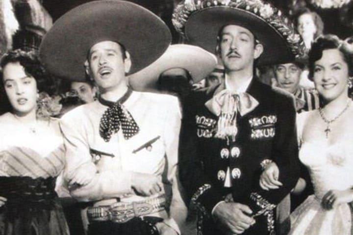 Pedro Infante y Jorge Negrete son considerados precursores de la fama del mariachi Foto: Cantantes Rancheros