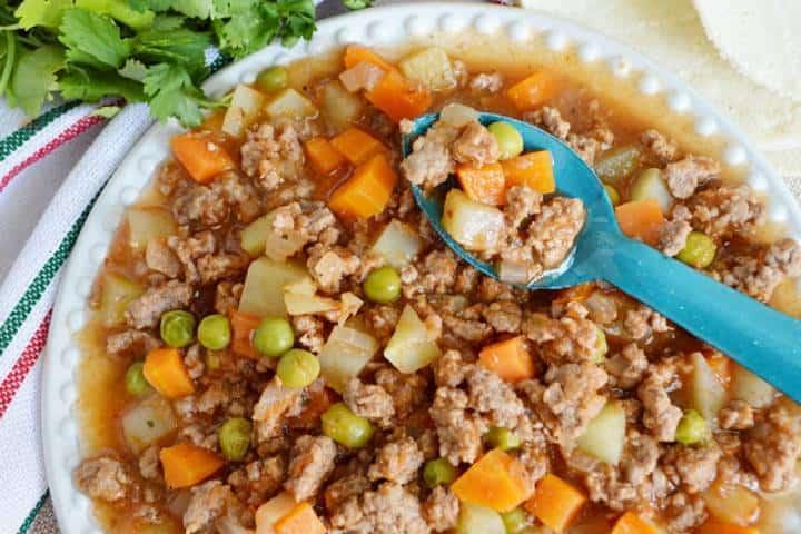 El picadillo es un guisado que puedes agregar a tu tostada Foto: Craftlog