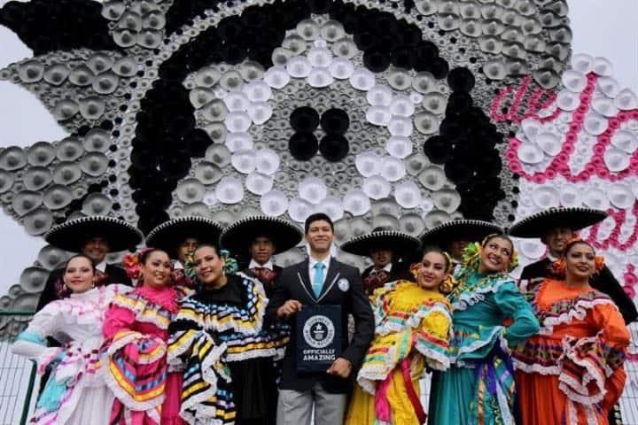 Récord Guinness de Guadalajara por el mosaico de sombreros más grande del mundo Foto The San Diego Union-Tribune