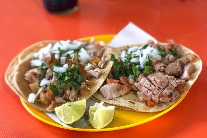 Disfruta de tus tacos de carnitas estilo Michoacán Foto: Chilango