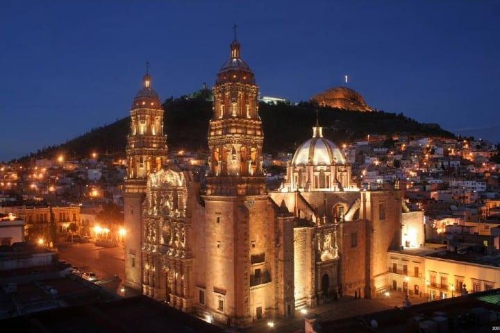 Disfruta de la vida nocturna de la ciudad Foto: Zacatecas Turismo