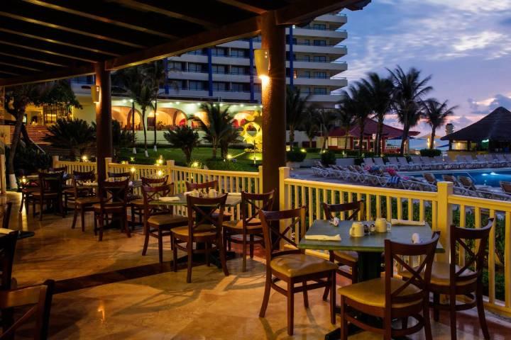 Restaurante Foto: Crown Paradise Club Cancún