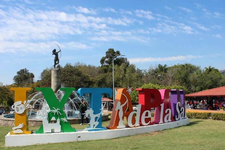 Ixtapan de la Sal es sede de la leyenda del autobús fantasma Foto: pueblosmexico.com.mx