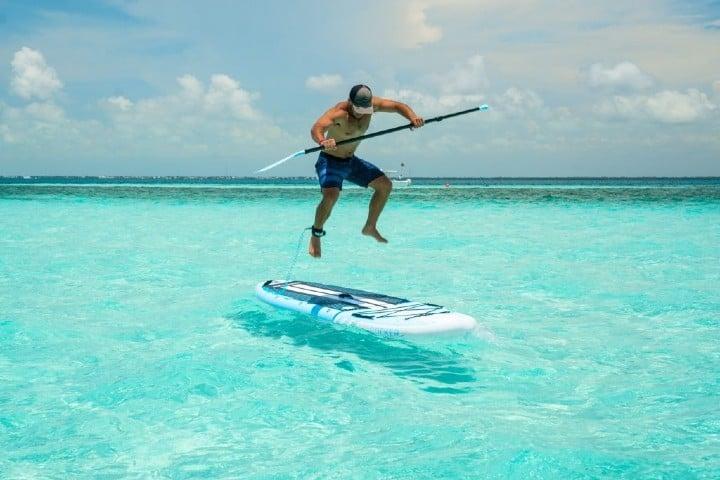 Realiza una de las actividades de Baja California Sur como el paddle Foto: irockersup