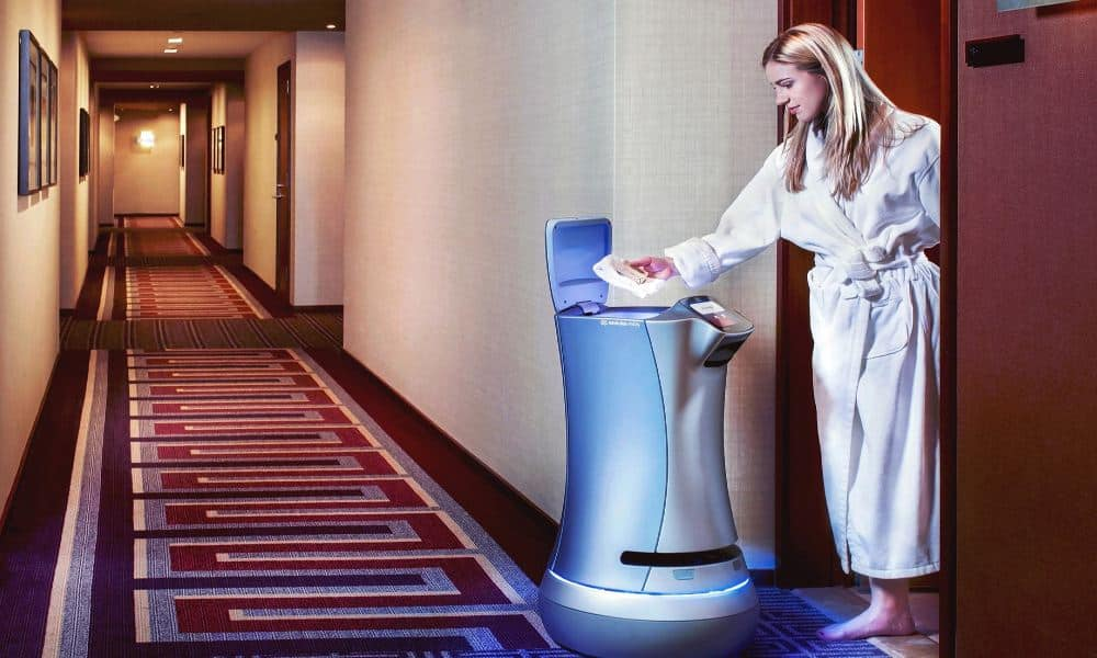 Robot de room service Foto: telegraph.co.uk