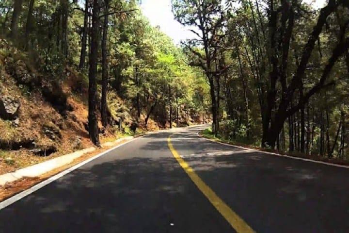 ¡Incluso el camino es bellísimo! Foto de Unión de Morelos