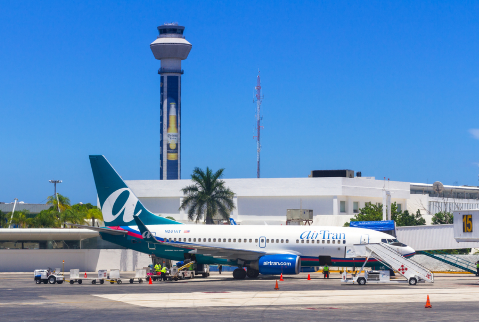 Acceso internacional Cancún. Foto: Senderos Mayakoba