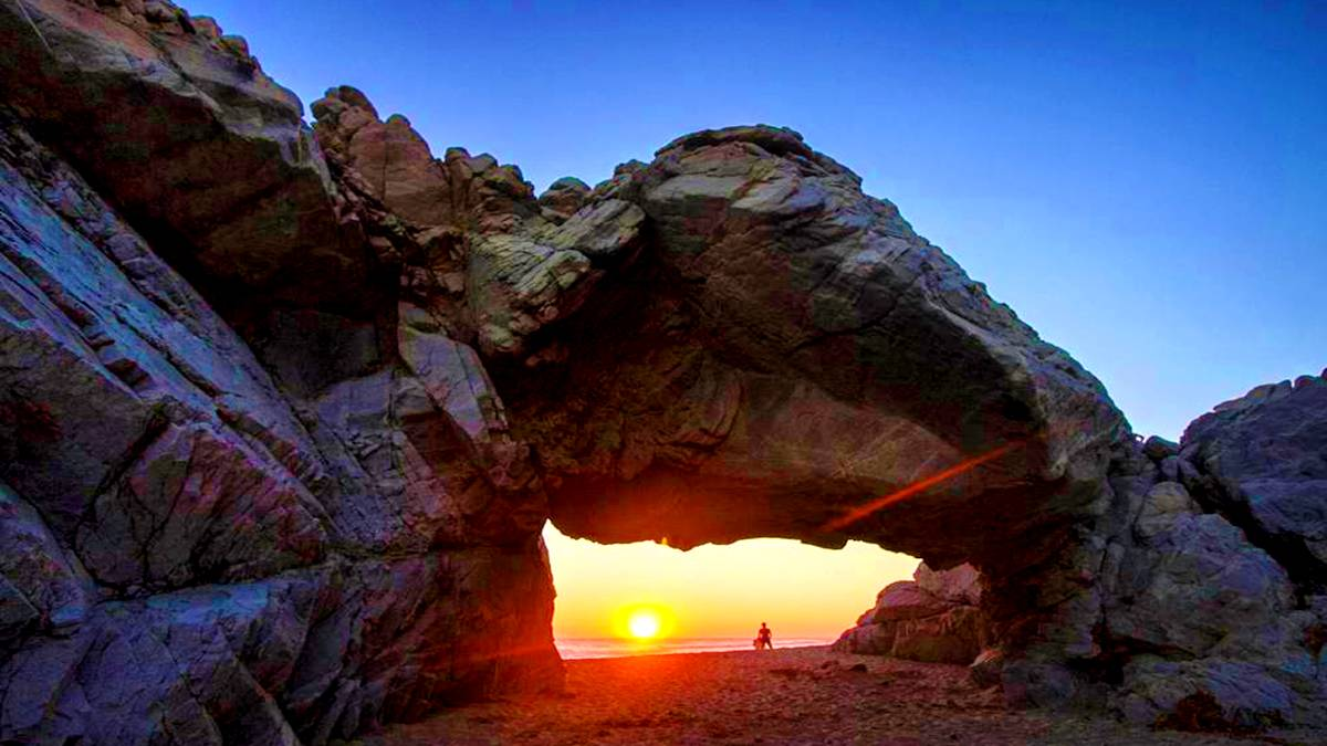 Arco de piedra Chacahua Oax. Foto: City Express