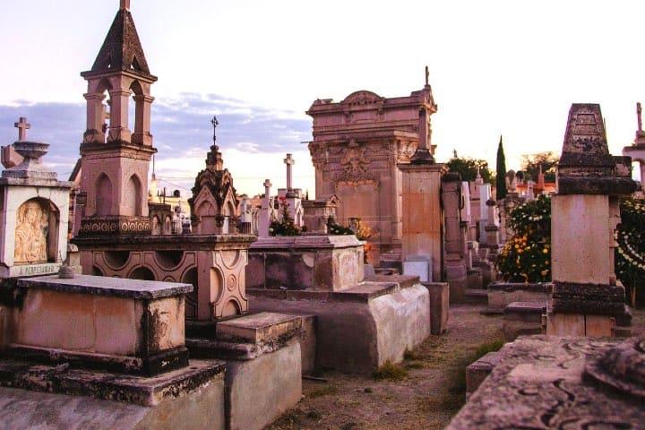Cementerio Museo de Dolores, un atractivo de Jerez Foto Pinterest