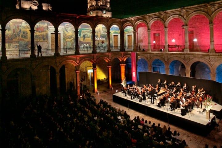 Disfruta de las fiestas y ferias de Morelia Foto Festival de Música de Morelia Miguel Bernal Jiménez