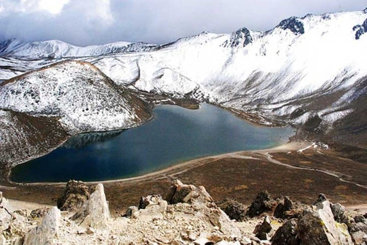 Este es el paisaje que encontraras en invierno en las Lagunas del Sol y la Luna Foto: Archivo