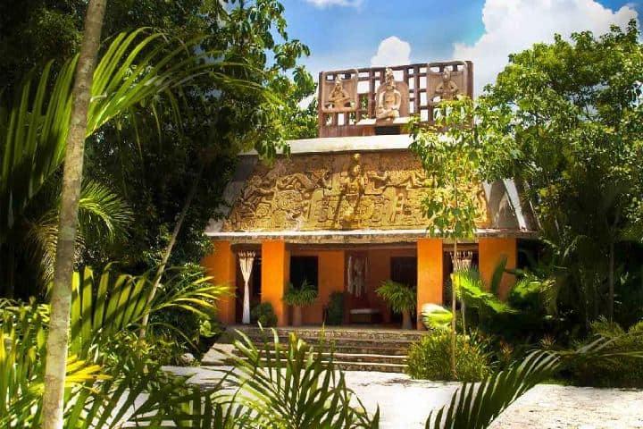 Fachada del Hotel Chanabnal. Foto: Mundo Chiapas.