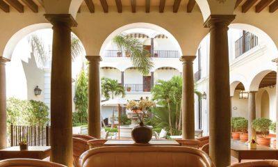 Hotel de Mundo Cuervo El hotel de Mundo Cuervo reabre sus puertas El personal brinda la seguridad a todos los habitantes Foto Hotel Solar de las Ánimas