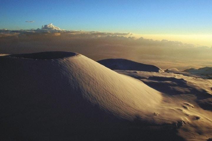 Mauna Kea, hermosa vista desde Dron. Foto: Snow Forecast.