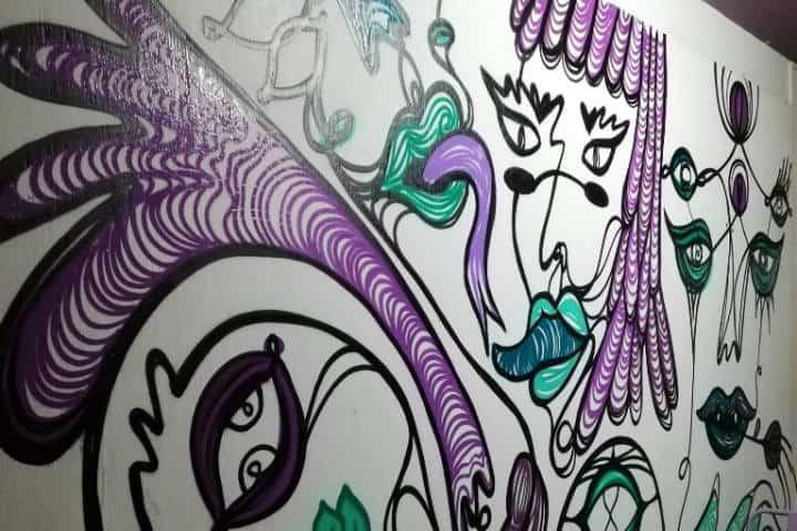 Murales de Casa Violeta de hostal en Tepíc - Foto Luis Juárez J.