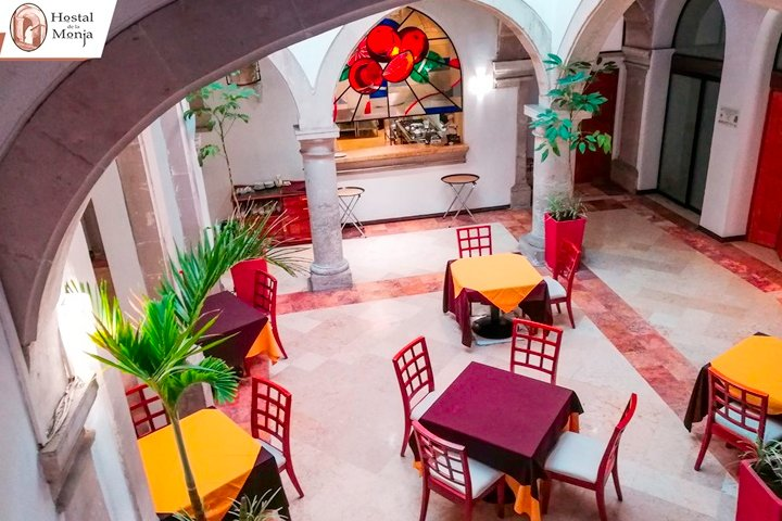 Restaurante Los Naranjos Foto Hostal de la Monja Fb.
