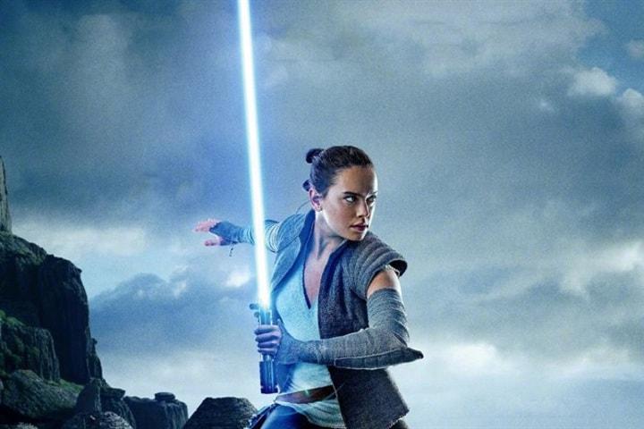 Rey practicando para ser una Jedi. Foto: BestWP.