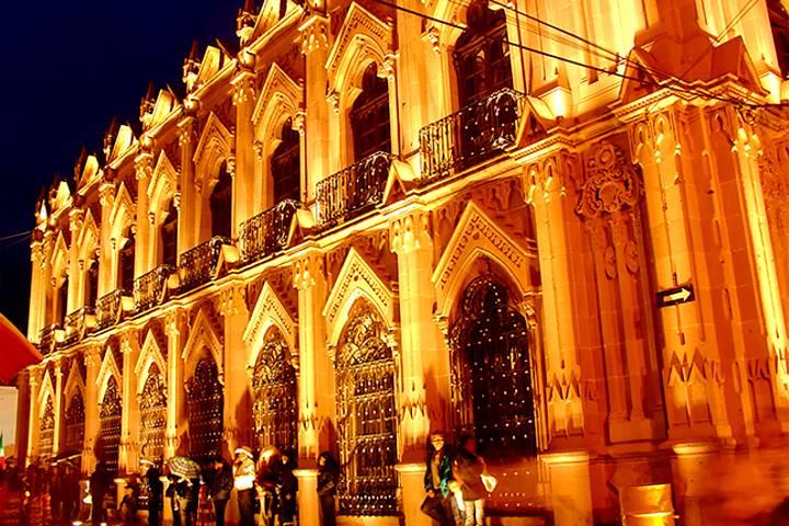 Teatro Hinojosa. Foto: BRUNOticias