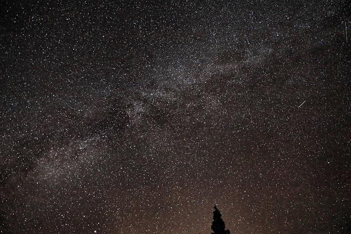 Maravillosa vista de la Vía Láctea. Foto: Kenneth Rowley.