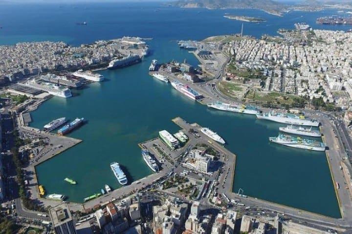 Vista de Dron al Puerto del Pireo. Foto: Mi Gran Amor Griego