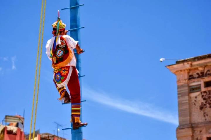 Voladores Patrimonio de la Humanidad en Michoacán. Foto: El Salmantino