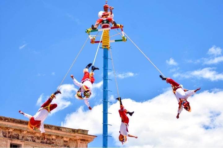 Voladores de San Pedro. Foto: EL Salmantino