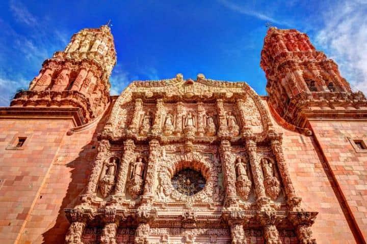 Una de las fachadas de la Catedral de Zacatecas. Foto: Shutterstock