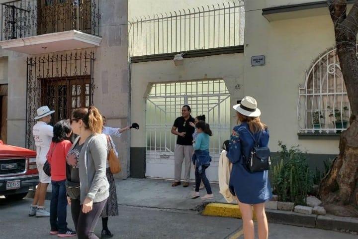 Turistas en la colonia Roma Foto: La prensa gráfica