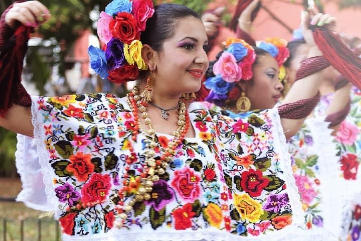 Vestuario mujer de Yucatán | Foto informefracto.com