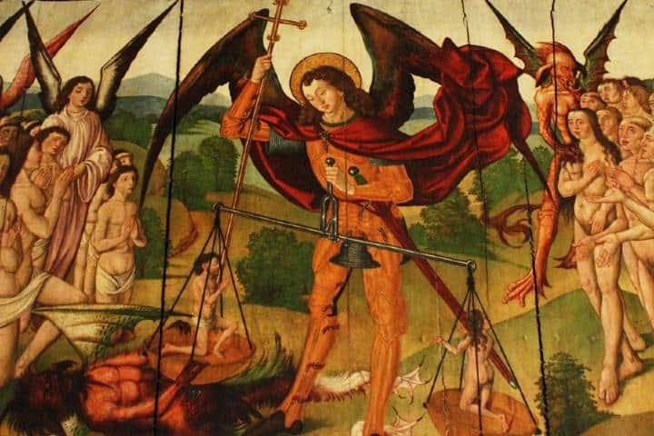Arcángel Gabriel vs Lucifer Foto: Viajar con el Arte de Sira Garea