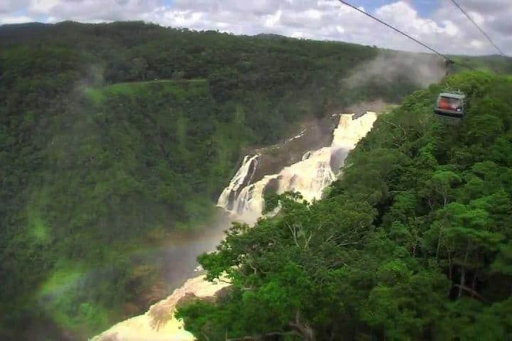 Barron falls and Skyrail Foto: skyrail rainforest cableway