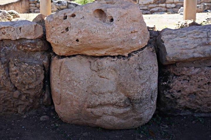 Cabeza Olmeca encontrada en la Zona Arqueológica de Teopantecuanitlán. Foto: Reconociendo a México.