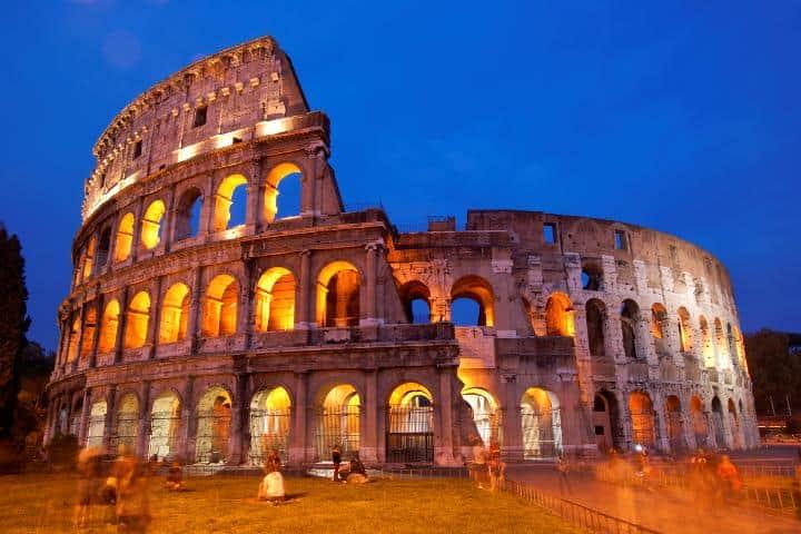 Coliseo Romano una noche de verano. Foto: Archivo.