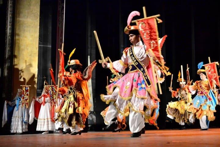 Danza de los Migueles Foto: Grupo artístico mexicano macuilxochitl