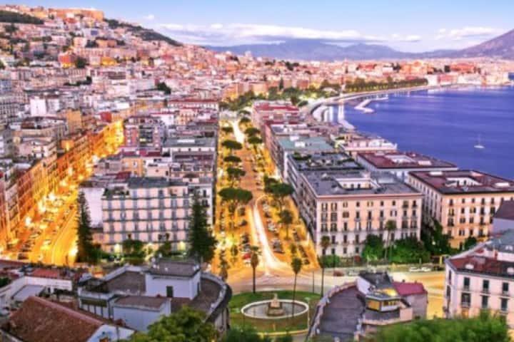 Disfruta un tour por la Ciudad de Nápoles Foto: Shuttle Direct