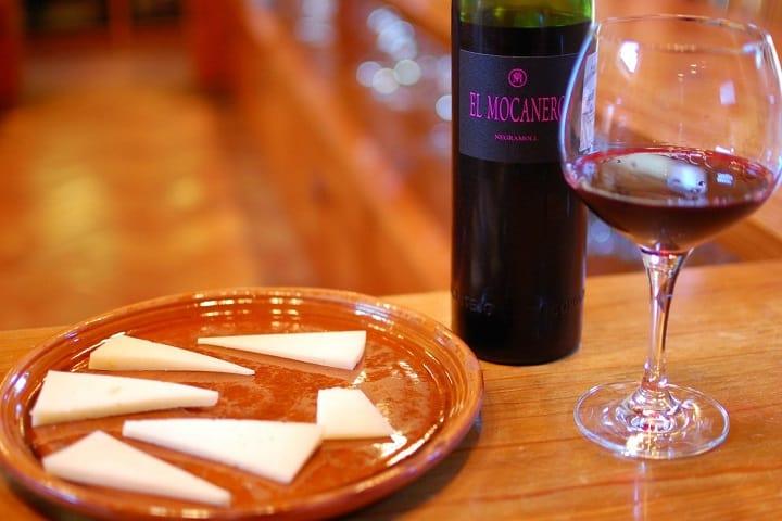 Este es un ejemplo de una cata de vino en Caca 57, Querétaro Foto: Archivo