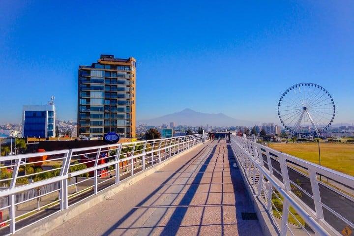 Vista de la Estrella de Puebla desde Parque Lineal