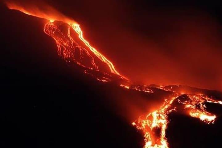 Erupción de volcán. Foto: Despabilate News.