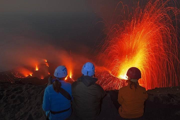 Escala de Volcán Stromboli Foto: volcano disccovery
